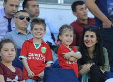 На спортивных стадионах Узбекистана будут созданы семейные секторы