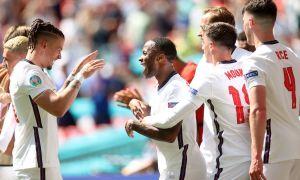 Англия 10-уринишда уддалади!