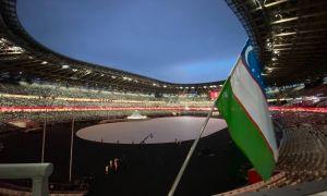 Токиодаги Олимпия стадиони узра Ўзбекистон байроғи ҳилпирамоқда