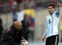 Хорхе Сампаоли: Месси футболни даҳоларча кўра олади
