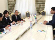 Умид Ахматджанов провёл встречу в Национальном олимпийском комитете с главой футбольного клуба «Ванфоре Кофу»