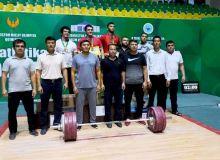 В Чирчике продолжается Кубок Узбекистана по тяжёлой атлетике
