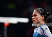 46-year-old gymnast Oksana Chusovitina gets standing ovation after competing in her eighth Olympic Games