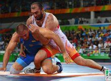 Эркин кураш: Магомед Ибрагимов ҳам олтин медал учун курашдан чиқди