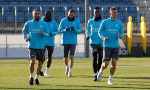 """""""Реал"""" асосий таркибининг 2 футболчиси """"Валенсия""""га қарши ўйин олдидан сафга қайтди (қайднома)"""