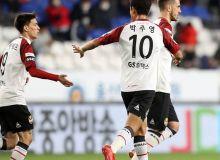 Наши легионеры: Икром Алибаев забил красивый гол в составе «Сеула» и внёс вклад в победу своей команды