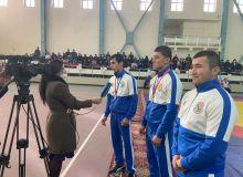 Жаҳон чемпионатида шоҳсупага кўтарилган спортчилар тақдирланди