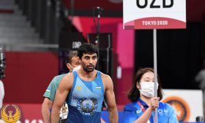 Абдурахманов провёл схватку в рамках четвертьфинала