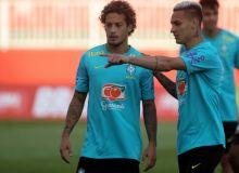 Бразилия терма жамоаси футболчилари нимадан норози бўлишди?