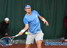 Денис Истомин успешно стартовал на турнире в Чехии