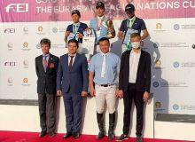 Всадники Узбекистана принимают участие в международном соревновании в Кыргызстане