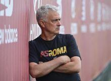 """""""Барса"""" Моуриньо нишонидаги футболчини чақиряпти"""