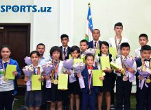 Olympic Committee awards Asian Schools Chess Championship winners