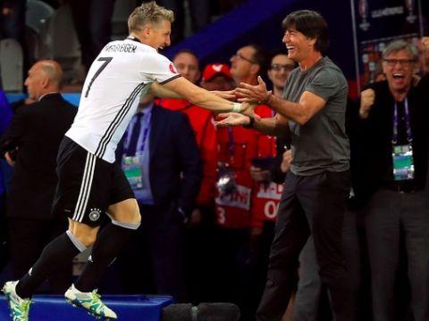 Йоахим Лев Швайнштайгер борасида: Германия термасида унинг ўрнига доим футболчилар топилади