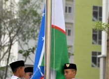 В Джакарте подняли флаг Узбекистана
