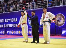 Во дворце спорта «Универсал» проходит чемпионат Узбекистана по рукопашному бою