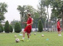 Наша женская сборная приступила к тренировкам в преддверии международных товарищеских матчей