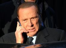 Берлускони коронавирусга қарши кураш учун 10 млн евро хайрия қилди