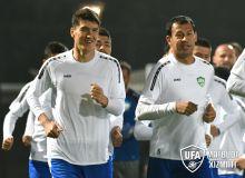 Национальная сборная Узбекистана провела первую тренировку в Китае