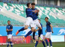 Футболисты сборной Узбекистана перед матчем с КНДР провели официальную тренировку (Фоторепортаж)