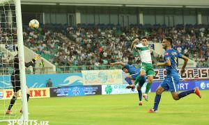 FC Bunyodkor play a 1-1 draw with FC Lokomotiv