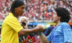 Марадона Роналдиньони катта футболга қайтармоқчи