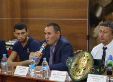 Эртага, пойтахтимизда бўлиб ўтадиган профессионал бокс оқшомига бағишланган матбуот анжуманидан фотогаларея