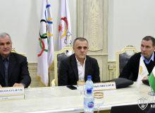 Умид Ахматджанов встретился с главным кандидатом на пост главного тренера олимпийской сборной Узбекистана