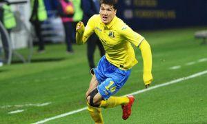 Эльдор Шомурадов признан лучшим игроком РПЛ в августе