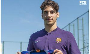 "Расман! ""Барселона"" 18 ёшли голландиялик футболчи билан шартнома имзолади"
