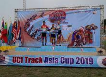 Велоспортчиларимиз Таиландда шоҳсупага кўтарилди