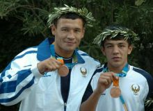 Why didn't our five Olympic-winning boxers turn to the professionals?