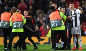 """""""Манчестер Юнайтед"""" УЕФА томонидан 8 минг евро жаримага тортилди"""