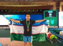 The first gold of the World Weightlifting Championships
