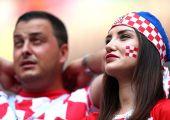 Франция - Хорватия ўйинига ташриф буюрган гўзаллар (фотогалерея)