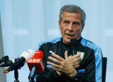 Оскар Табарес: Уругвайда Суарес ва Каванидан бошқа етакчи футболчилар ҳам бор