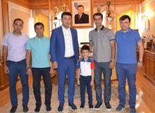 Умид Ахматджанов пожелал удачи комиссару Алиму Арифову и бригаде судей Равшана Ирматова на ЧМ-2018