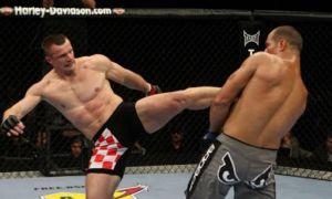 Ўзининг севимли услуби ва зарбалари орқали аянчли мағлубиятга учраган UFC жангчилари билан танишинг