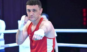Бобоусмон Батуров вышел на ринг с боксёром из Великобритании