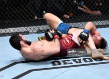 """UFC 259"". Ислом Махачев бўғиш услуби билан рақибини мағлуб этди"