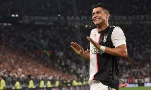 Роналду А Сериянинг 38 та баҳсида 25 та гол урди. Ундан фақатгина 4 та футболчи яхшироқ натижа кўрсатган