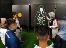 Члены сборной Узбекистана в Турции обучаются секретам изготовления национального лука