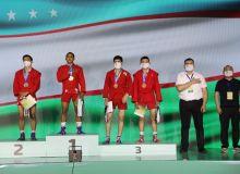 Самбисты Узбекистана завоевали первое место в общекомандном зачёте чемпионата Азии