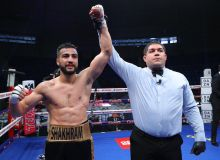 Shakhram Giyasov's undefeated record on the line as he stops Edgar Puerta of Mexico with TKO