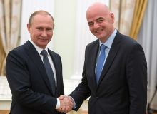 ФИФА президенти Кремлда Россия президенти билан учрашди