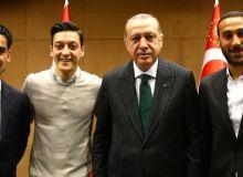 Ўзил ва Гюндоган Туркия президенти билан учрашишди (фото)