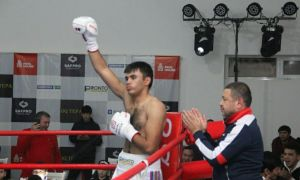 Расман! Ўзбек боксчисининг WBC камари учун қачон ва қаерда жанг қилиши маълум бўлди