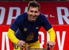 "Месси отасидан ""Барселона"" билан музокаралар ўтказмасликни сўради. Нега?"