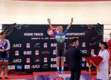 Olga Zabelinskaya picks a goal medal in her Asian Championship debut