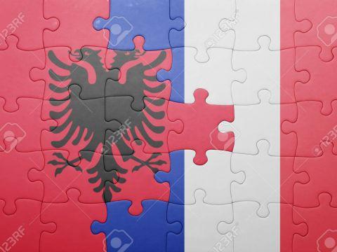 Албания - Франция. Варан, Жиру ва Гризманн асосий таркибда майдонга тушади